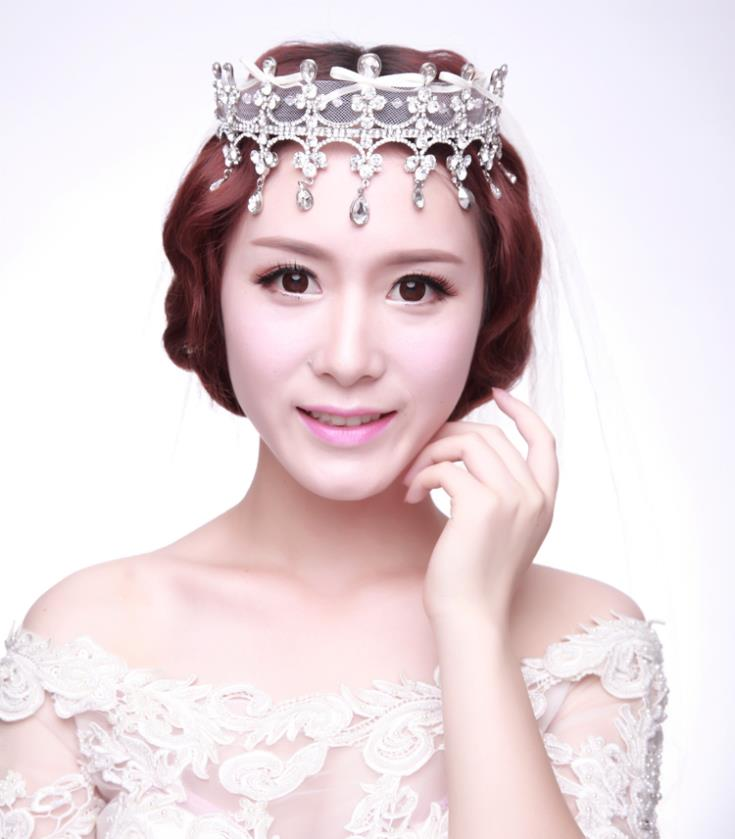 Luxury Handmade Crystal Wedding Tiara Lace Hair Jewelry Bridal Rhinestone Tiaras And Crowns Quinceanera Pageant Crown WIGO0331(China (Mainland))
