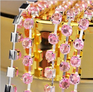 Free Shipping New Bling Tiny Clear Crystal Rhinestone Beads PINK Cup Metal Chain Line DIY Design Nail Art Decoration 1M x 2MM