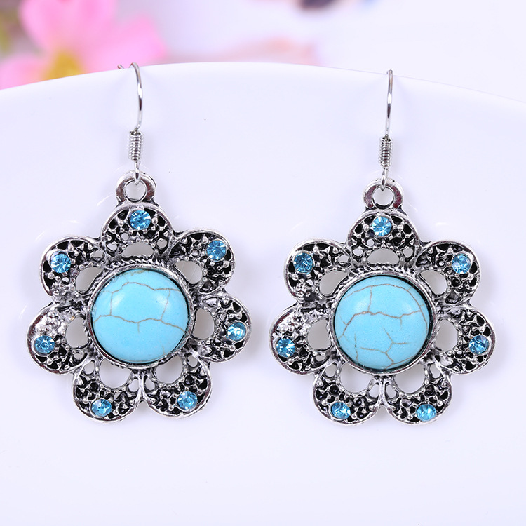 Vintage Bohemian delicate turquoise crystal flower pendant earrings(China (Mainland))