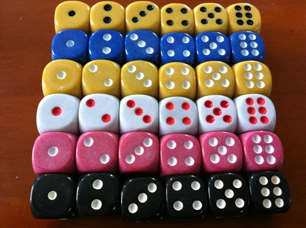 Free Shipping !!! Wholesale 500pcs/lot 6 Sided Dice 14mm Ordinary Color Dices Routine Boson NS Drinking Game Good Price #W70<br><br>Aliexpress