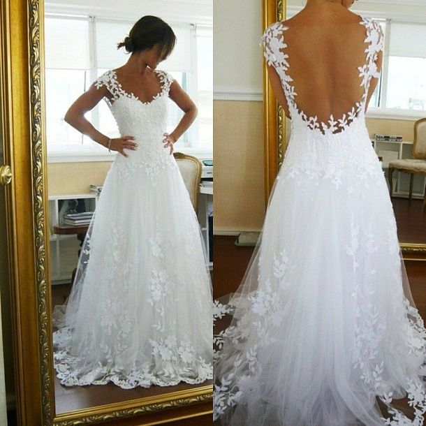 Buy beautiful cheap wedding dress lace for Cheap but beautiful wedding dresses