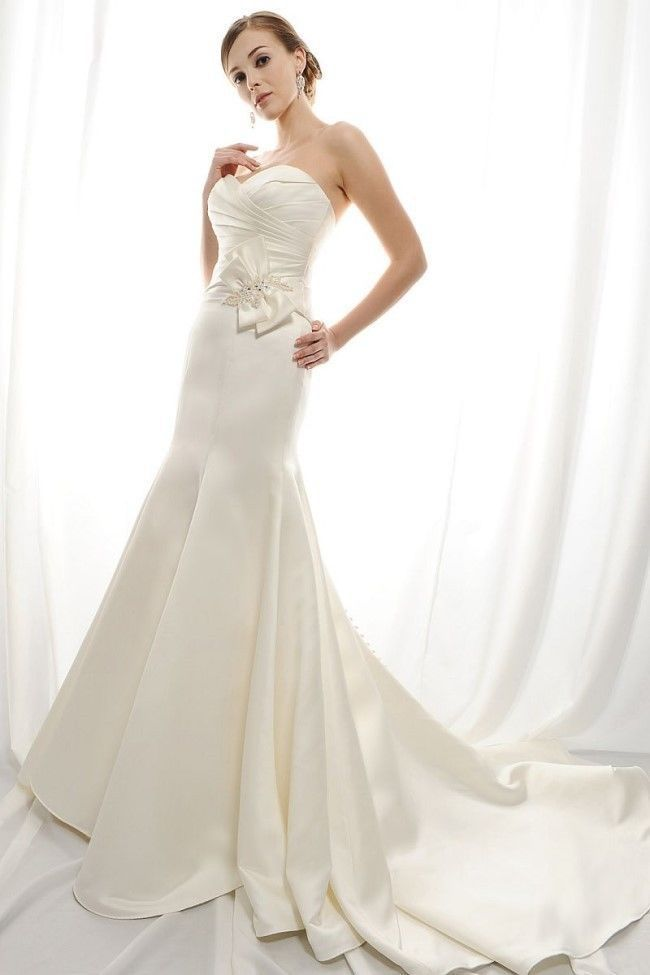 Crazy hot 2015 new satin sweetheart mermaid sexy white for Satin sweetheart mermaid wedding dress