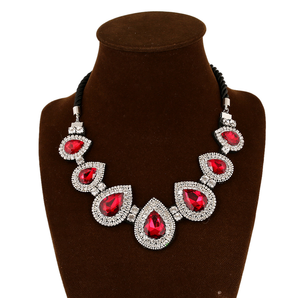 Collier Type Crystal Necklace And Exaggerated False Collar All-match Clavicle Female Clothing Accessories Manufacturers Selling(China (Mainland))