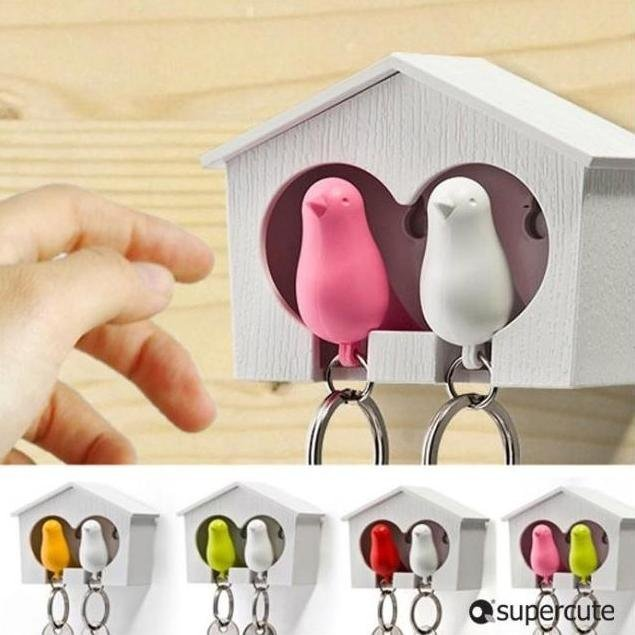 Free Shipping / New supper cute couple sparrow key ring with whistle/ have big bird's nest hang on the wall / 2 birds per set