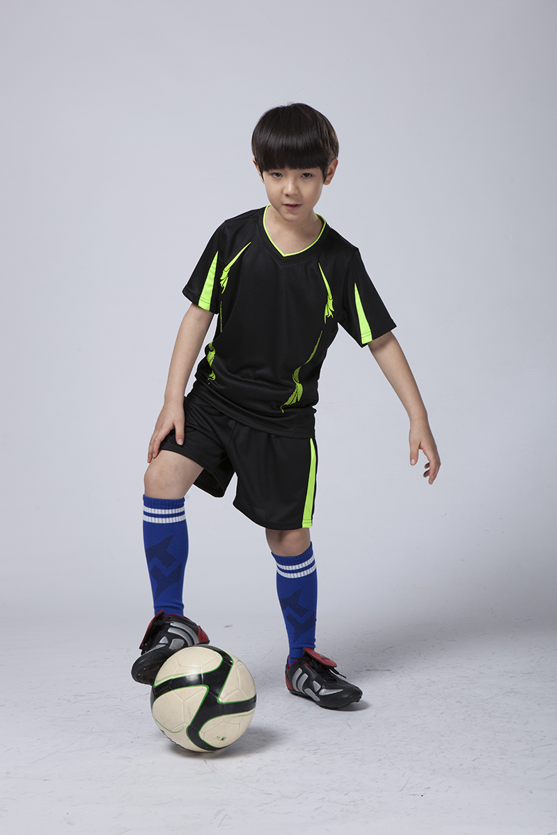 2016 new Adult/kid paintless blank football jerseys soccer full set costumes suits training sports wears clothes costumes(China (Mainland))