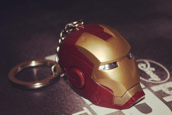 2013 new Marvel Iron Man keychain original authorization