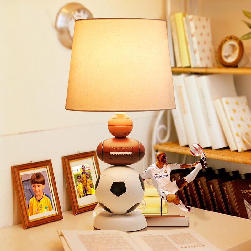 achetez en gros football lampe de chevet en ligne des. Black Bedroom Furniture Sets. Home Design Ideas