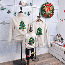 Family Matching Clothes 2017 Christmas Sweater Dress For Father Mother Son Daughter Baby Mon Dad Outfits Hoodies Family Look(China)