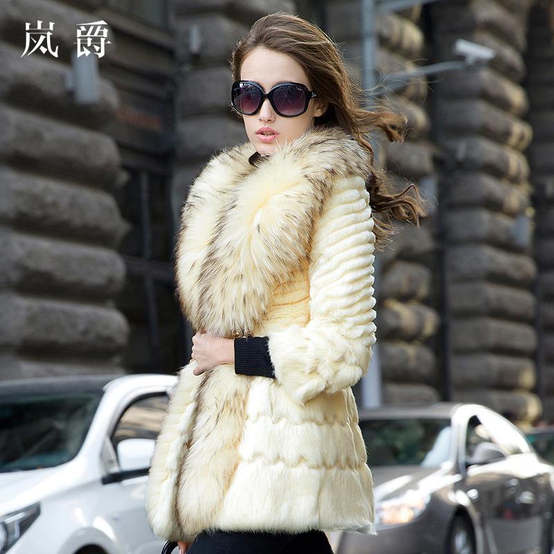LAN Jue 2015 new female rabbit fur coat integral skin raccoon fur collar luxury major suit long paragraph 8916