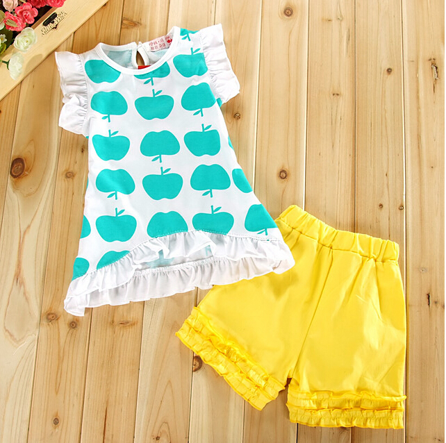2015 kids girls clothing set,new design apple printing T shirt+shorts baby girl Flowers fashion sets clothes - baby's dream world store