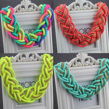 2015 New Fashion Women Short  Multicolor Necklace Handmade Crochet Chunky Collar Chokers Necklaces Statement Jewelry XLL112(China (Mainland))