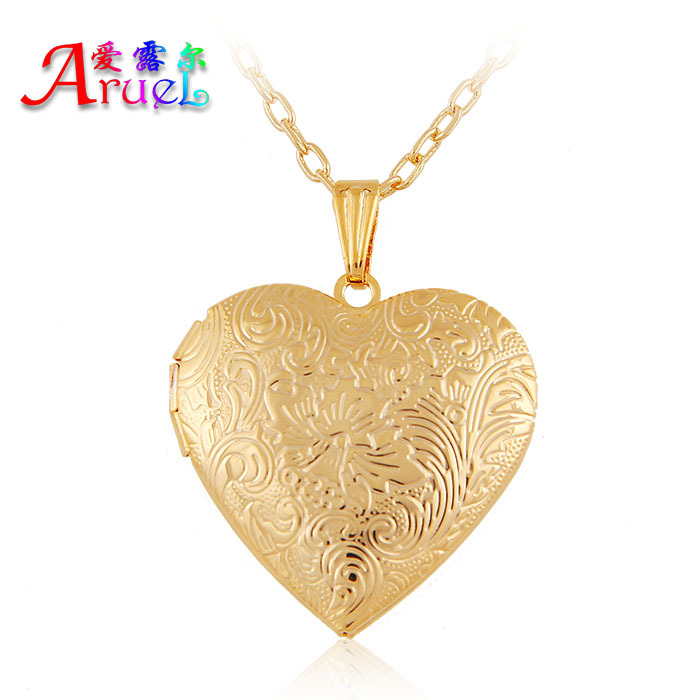2016 18k gold plated fashion heart classic photo simple pendant necklaces lover Gift women girl romantic locket popular jewelrys(China (Mainland))