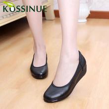 Più il formato 35-43 nuove donne di autunno scarpe fatte a mano confortevole in vera pelle casuale delle donne nero zeppa scarpe di cuoio scarpe da lavoro(China (Mainland))