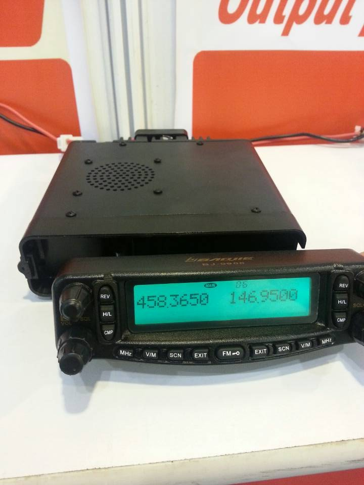2013 new launch mobile tranceiver dual band 136-174MHz&400-470MHz mobile radio with Air band(RX):AM109-135.995MHz(China (Mainland))
