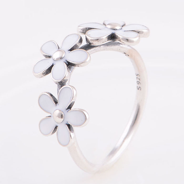 2015 New 925 Sterling silver Enamel Daisy Flower Ring for Women Wedding Engagement Rings Compatible with Pandora Fashion(China (Mainland))