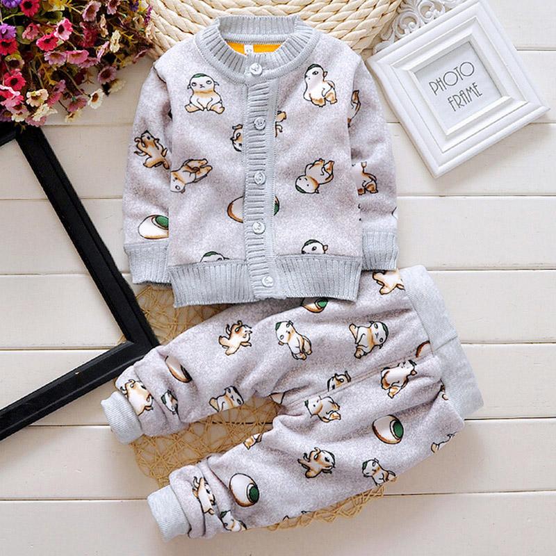 2015 boys new Retail New baby set cool hooded coat+pants 2pcs Movie clothing set baby clothing Baby Sports Set chaqueta plumon(China (Mainland))