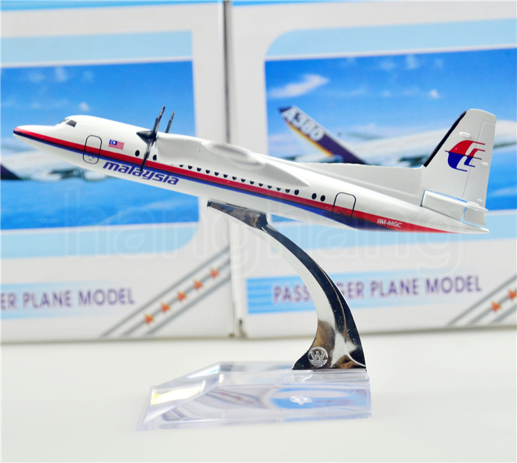 MALAYSIA AIRLINES SYSTEM BERHADFokker F50 14cm airplane child Birthday gift plane models toys Free Shipwping Christmas gift(China (Mainland))