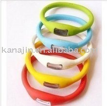 Free Shipping 2010 Fashion Silicon Watch With LCD Watch Display