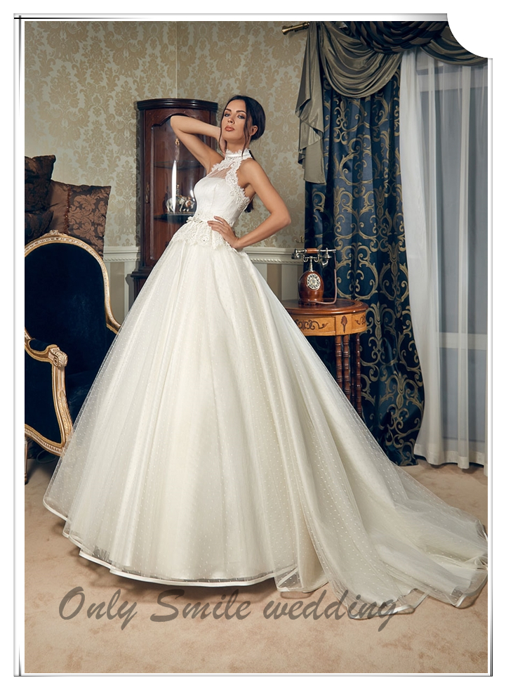ZJ2027 Sexy ball gown Puffy dot tulle halter top wedding dresses imported from china(China (Mainland))