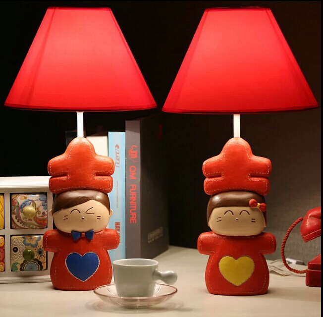 Free Shipping HGHomeart Red wedding table lamp bedside lamp modern minimalist table lamp creative wedding gift doll wedding gift(China (Mainland))