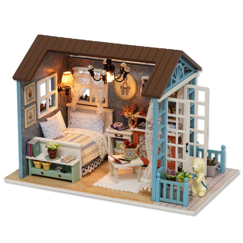 Handmade Doll House Furniture Miniatura Diy Doll Houses Miniature Dollhouse Wooden Toys For Children Grownups Birthday Gift Z07(China (Mainland))