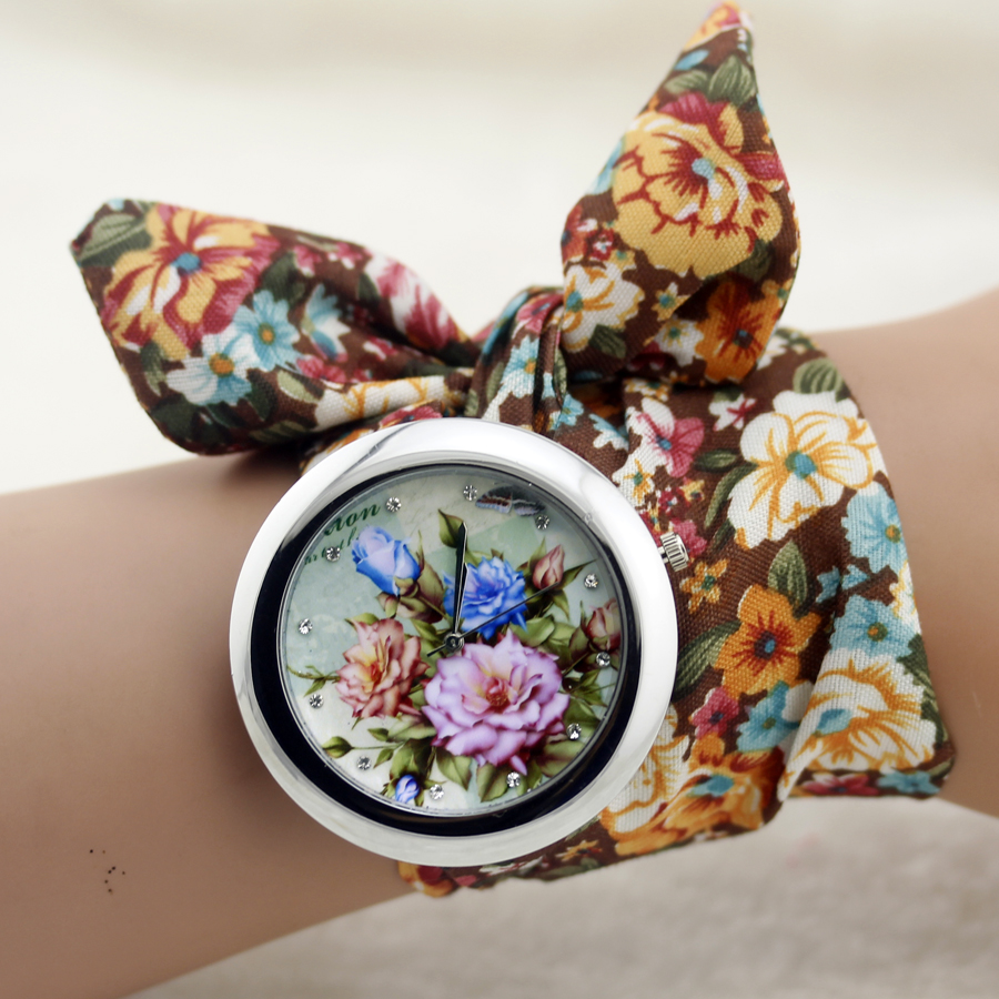 New design Geneva Ladies flower cloth wristwatch fashion women dress watch high quality fabric watch sweet girls Bracelet watch(China (Mainland))