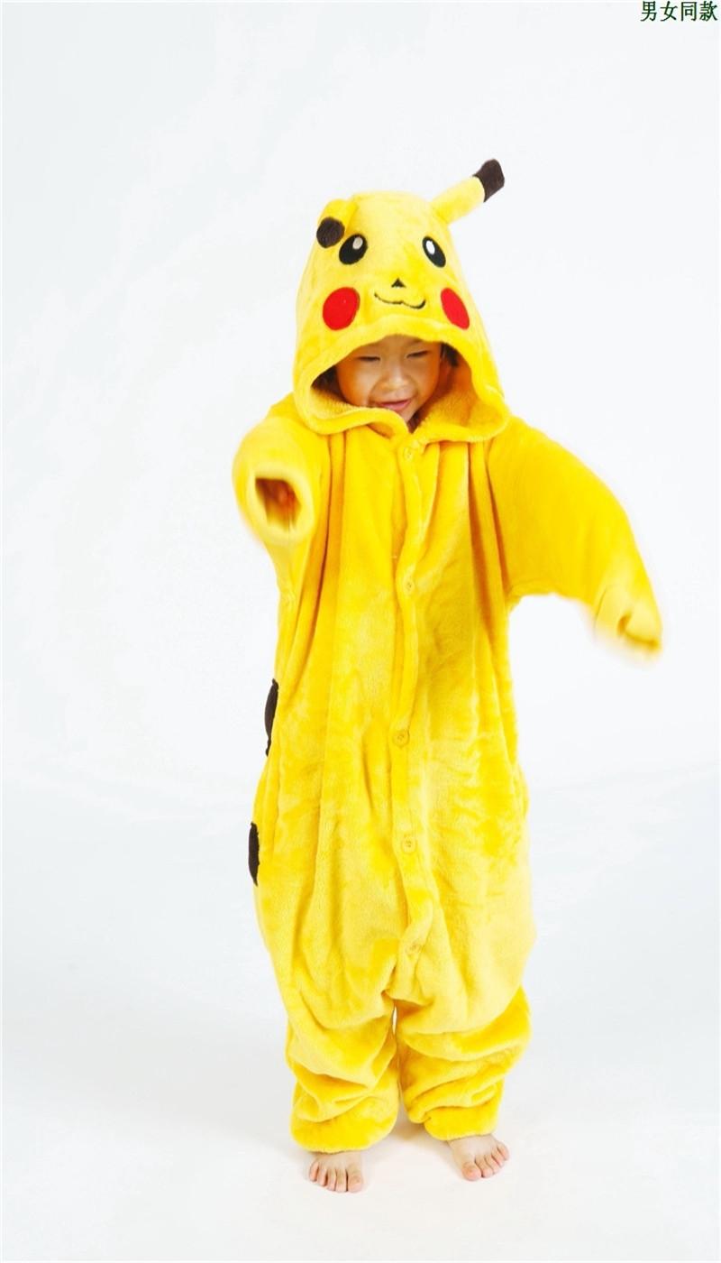 Фото девушек в пижаме пикачу