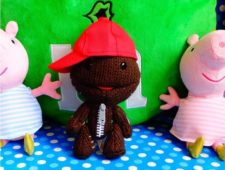 2piece/A lot 15cm Little Big Planet LBP 2 Sackboy Plush Doll With Red Cap Toy Cuddly Brown Funny Figure for collection(China (Mainland))