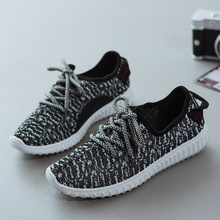 Women Designer flats Casual Shoes Yeezy Casual Female Breathable soft Outdoor Mesh Air Walking Superstar Trainers zapatos hombre(China (Mainland))