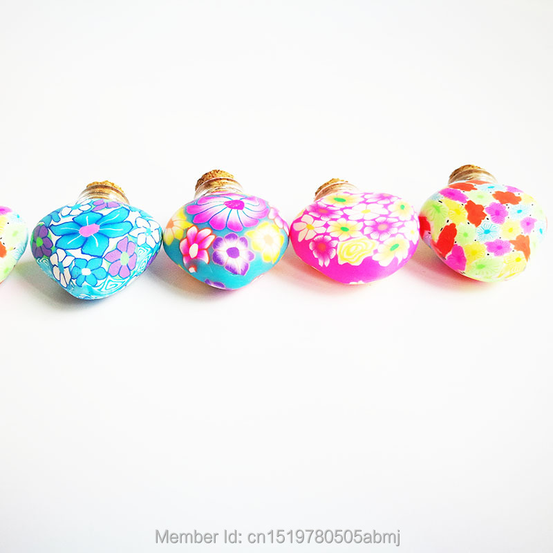 2ml Heart-shaped Fimo oil bottles, smelling bottles, Wish Bottles,wedding gifts perfumes and fragrances for women(China (Mainland))