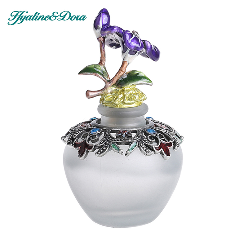 40ml Retro Carved Flower Pattern Empty Refillable Glass Perfume Bottle Model Rooms Decorated Scented Fragrance Container(China (Mainland))
