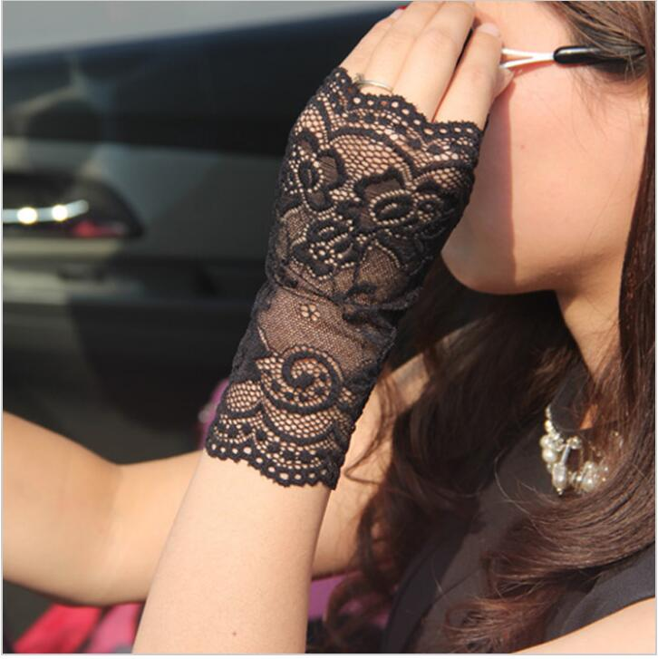 2016 Spring and summer women's vintage sunscreen semi-finger gloves lady's anti-uv lace gloves female driving gloves(China (Mainland))