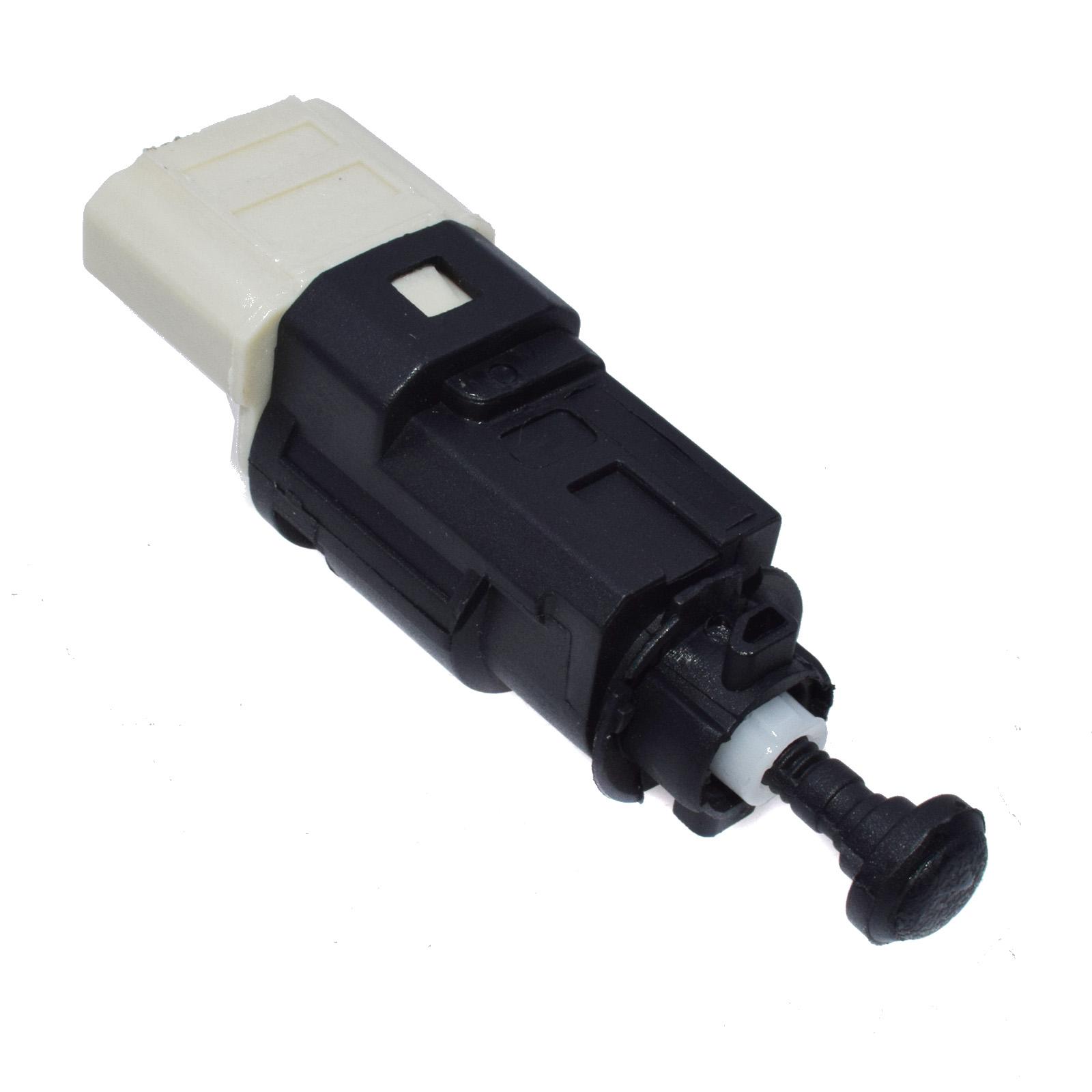 Peugeot 307 1.6 16V 4 Pin White Housing Genuine Lemark Brake Light Switch