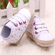 Lovely 0-12M Baby Kid Girl Crib Shoes Toddler Soft Sole Sneakers Prewalker (China (Mainland))