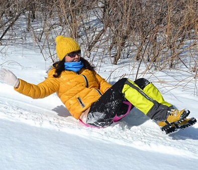 New Hot Sale Adult & Kids Thicken Plastic Skiing Boards Ski Pad Children plastic snow sledge ski board sled for Winter Sports(China (Mainland))
