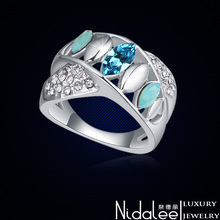 SWAROVSKI crystal elements part ring for women Fashion 18K Gold Plated Female Ring Jewelry For wedding wholesale (Nidalee CR335)