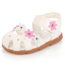 Fashion flower soft bottom child baby sandals shoes leather flat girls baby summer sandals slides shoes for infant toddler shoes(China (Mainland))