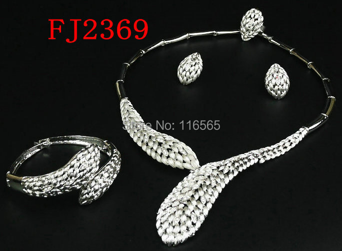 African Beads Jewelry Set 18k Gold White Sapphire Clear Austrian Crystal Women Wedding Necklace Bracelet Earring Ring M2369 - Jacky's Fashion Store store