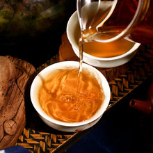 Free Shipping Cai Cheng New Tea 2015 Moonlight White tea 100 grams raw cake Yunnan Pu