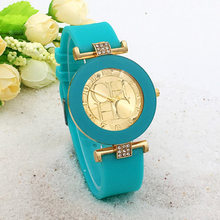 2018 nueva marca de cuero simple Geneva reloj de cuarzo Casual relojes de silicona de cristal para mujer reloj de pulsera femenino gran venta(China)