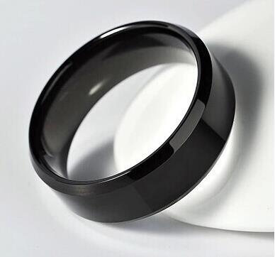 Мужчины в кольцо, Вольфрам золото задняя часть один предложил кольцо для