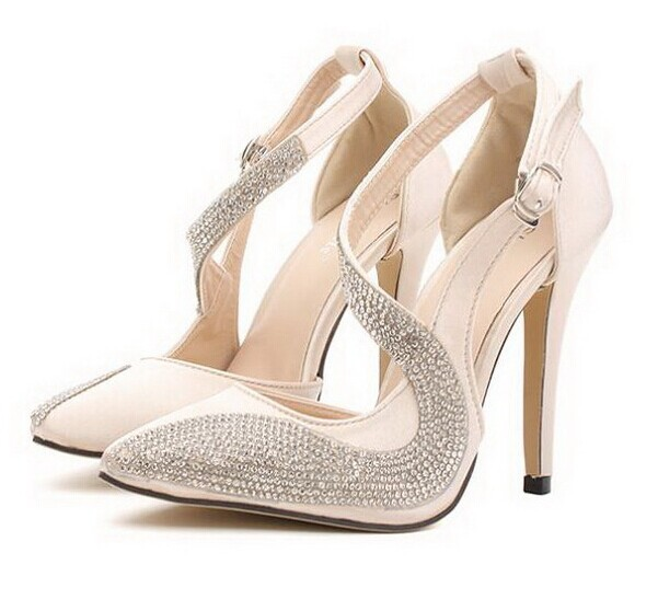 Ladies Fashion rhinestone pointed toe thin heels high-heeled shoes 2014 summer sexy sandals women's hollow shoes(China (Mainland))