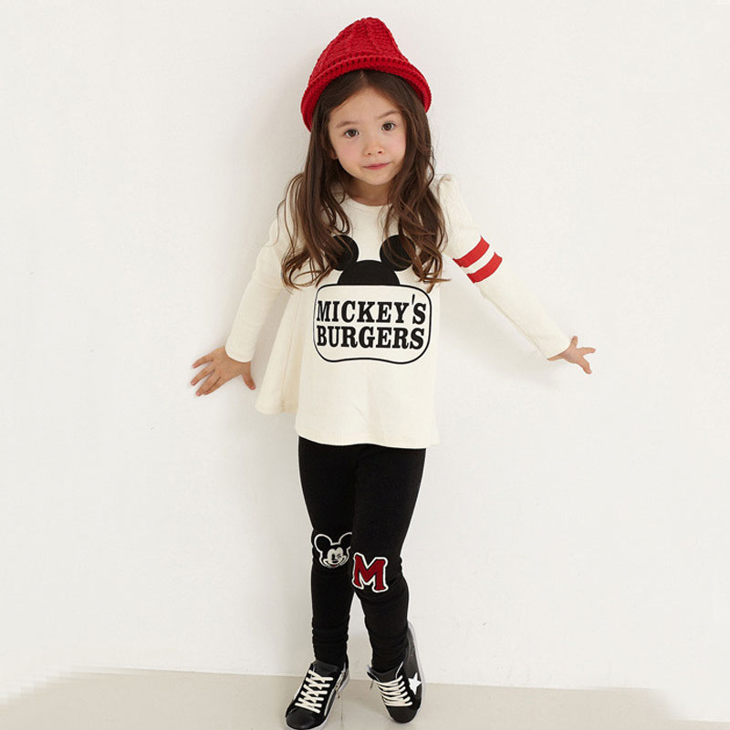 New baby girl clothing set autumn outfit cartoon pattern, black and white long-sleeved autumn children set(China (Mainland))