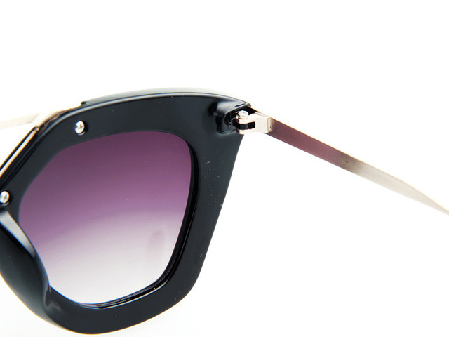 Hot Selling  Queen College Vintage Brand Design Sunglasses for Women