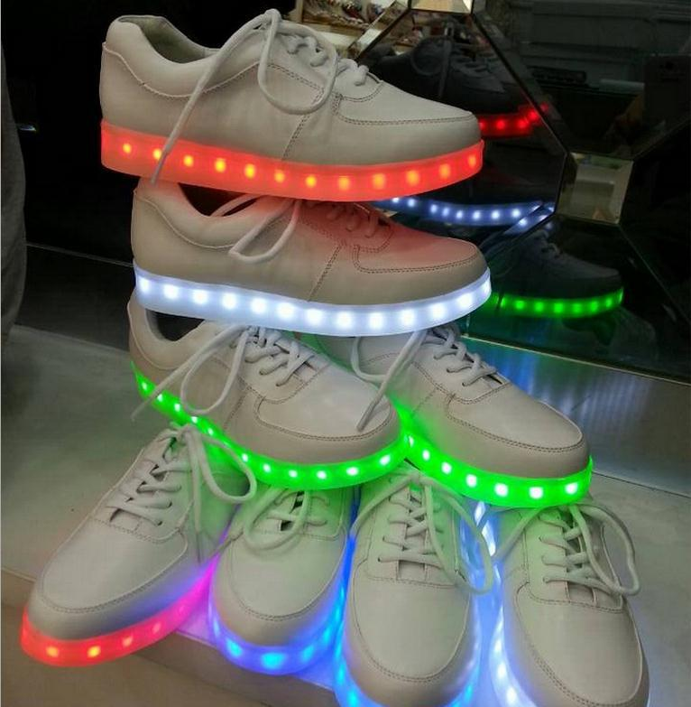 Гаджет  7 Colors LED luminous shoes sneakers men & women sneakers USB charging light shoes colorful glowing lover flat shoes 6c53 None Обувь