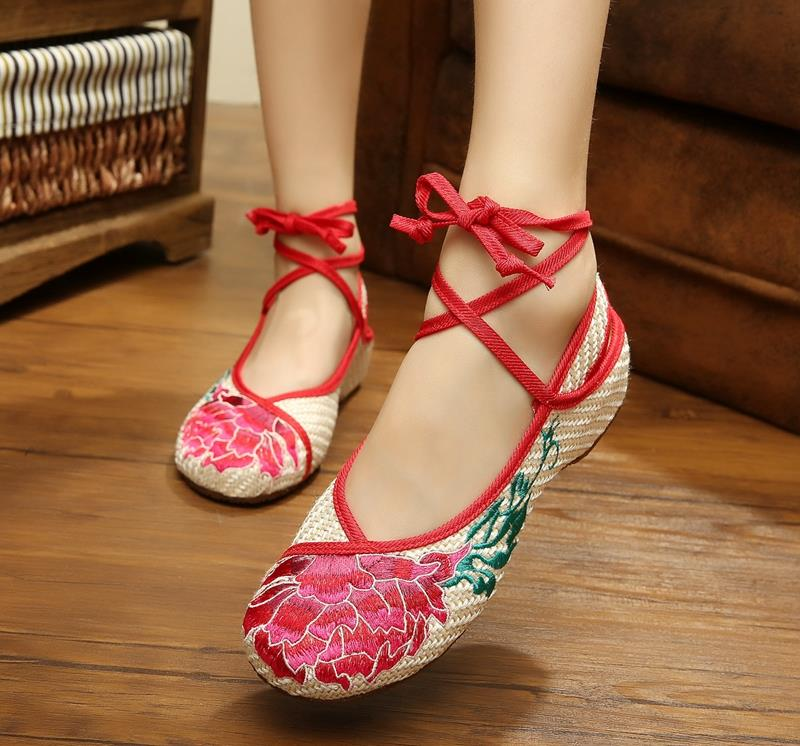 Big Size 41 Spring/Summer Woman Old Peking Cloth Shoes Chinese Flower Embroidery Casual Dancing Flats For Women Zapatos Mujer(China (Mainland))