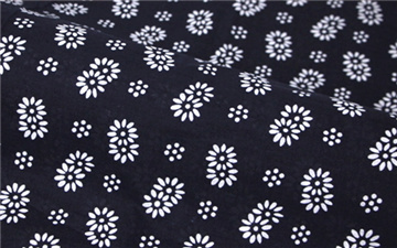 Imitation batik cloth 150CM 95GSM Chinese style Oriental flavor Blue cloth Printing and dyeing Double chrysanthemum wholesale(China (Mainland))