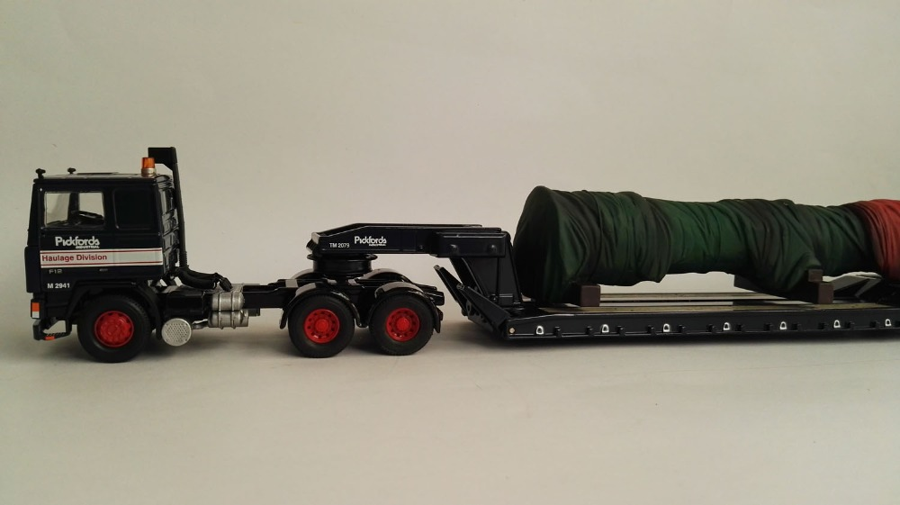 CC15501 1:50 Volvo F12 5 Axle King Trailer with Load(China (Mainland))