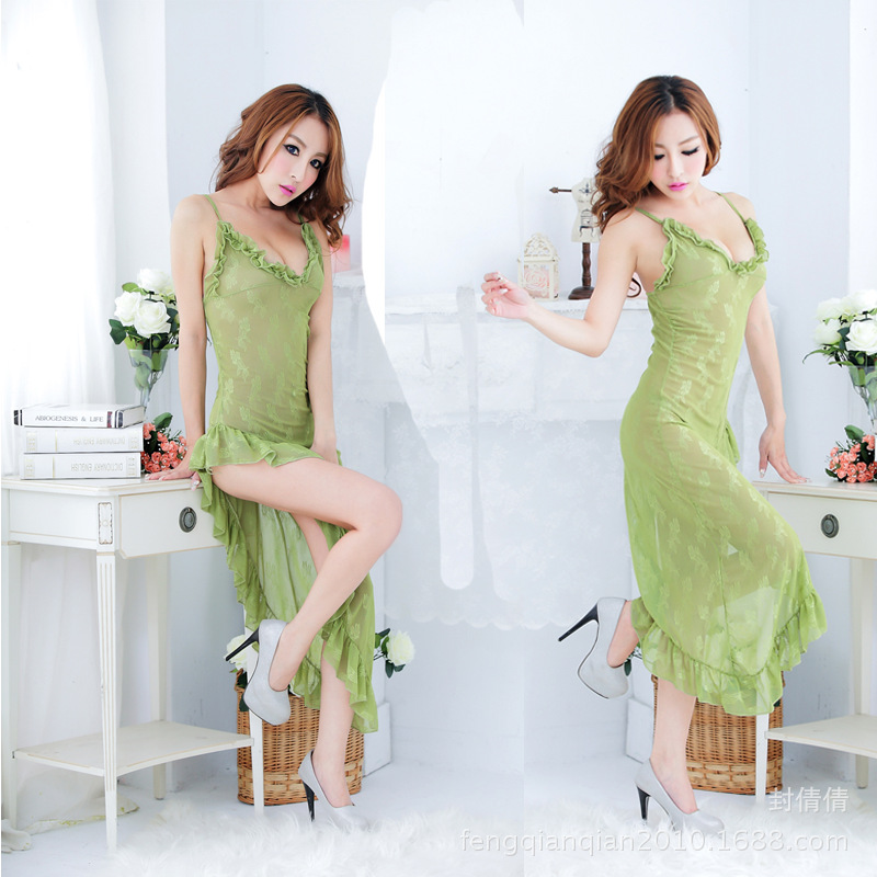 United States hot explosion models partly hidden and partly visible when Lou lingerie green transparent lace pajamas(China (Mainland))
