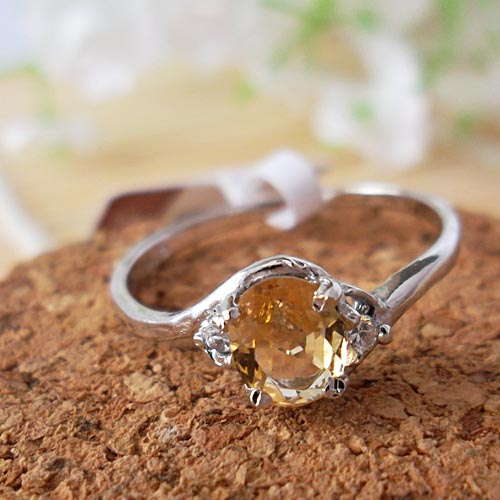 High quality oval shape natural citrine ring 925 sterling silver natural yellow crystal engagement ring women fine jewelry(China (Mainland))
